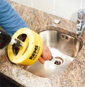 débouchage canalisation plombier paris 10